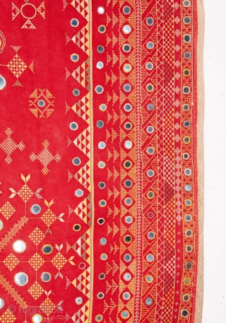 Phulkari from Rajastan, India 128 x 210 cm / 50 x 82 inches