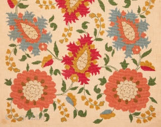 Eastern European silk Embroidery with an Ottoman Embroidery Design 46 x 83 cm18.11 x 32.68 in./ 20.47 x 57.09 in.