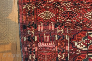 Yomut Tekke rug Circa 1900 in good condition with lovely soft wool.  No old repairs just some lines of wear down the middle due to being on a wooden floor for  ...