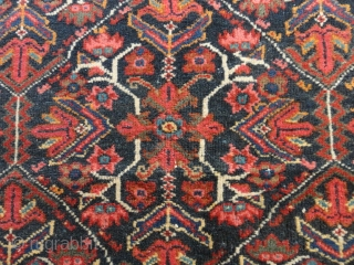 Antique   Mahal rug  West-Persien     132 X 198  cm.    All  natural  colours ,rare  very  nice  pattern ,  ...