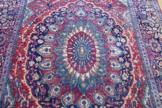 "Antique Persian Farahan Sarouk rug, 4'2"" x 6'4"" , very good original condition, no repairs, full pile, ends are intact."