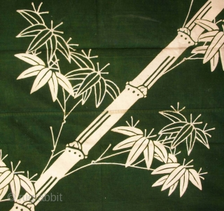 Furoshiki cloth, Japan, late Meiji (circa 1910), cm 107x113. Furoshiki were (and still are to some extent) wrapping cloths used when carrying small personal belongings, or to eventually wrap a gift to  ...