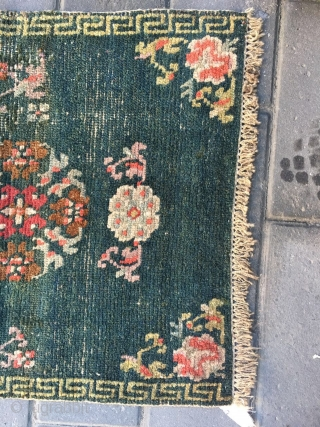 #1900 Tibet rug, green backgrond with goup flower veins, Hui veins selvage, good age, size 64*53cm(25*21'')